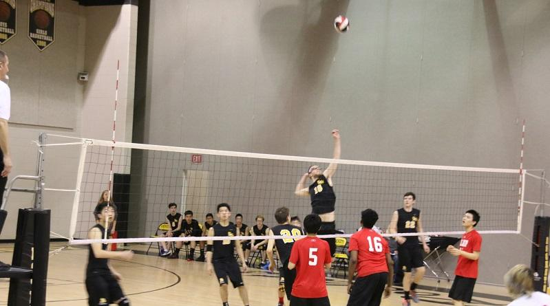 Boys Volleyball remains undefeated in tight win over Blair