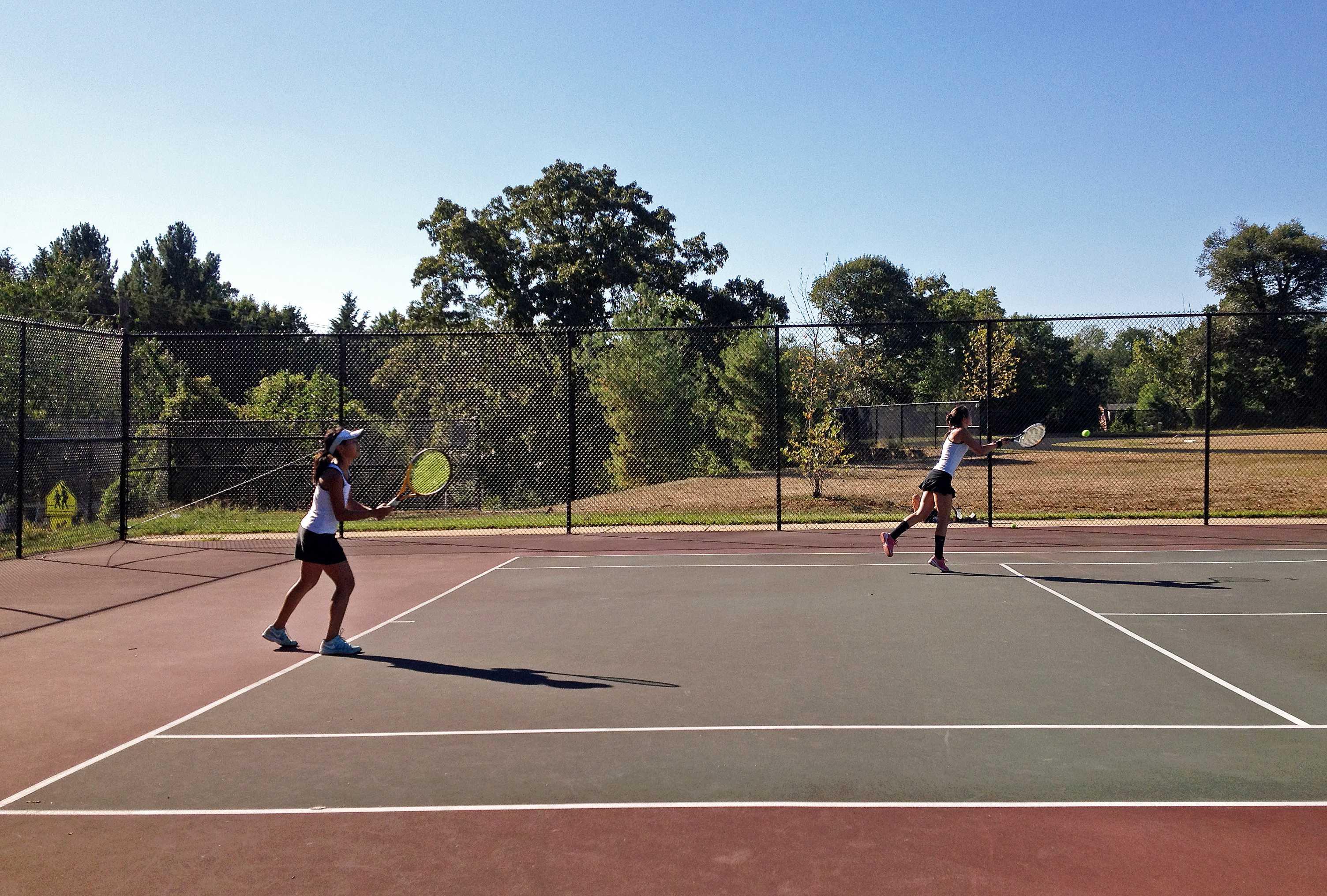 Girls tennis sweeps Paint Branch in home opener
