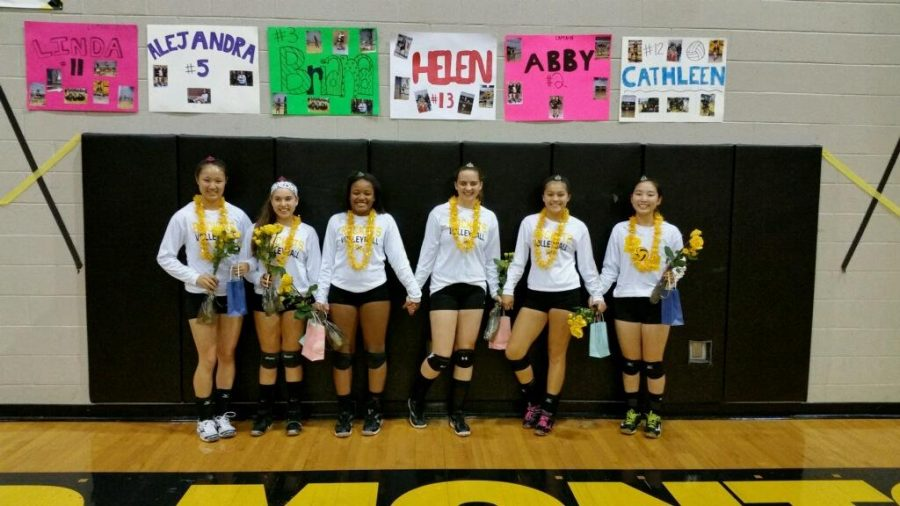Girls volleyball honors seniors with a win on Senior Night