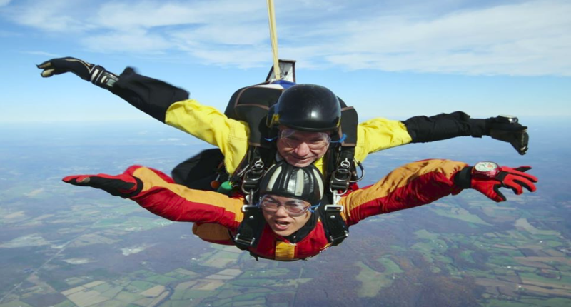 How it feels to jump out of a plane at 13500 feet