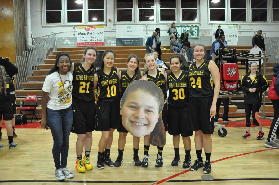 RM girls varsity basketball team dominates Northwood on senior night