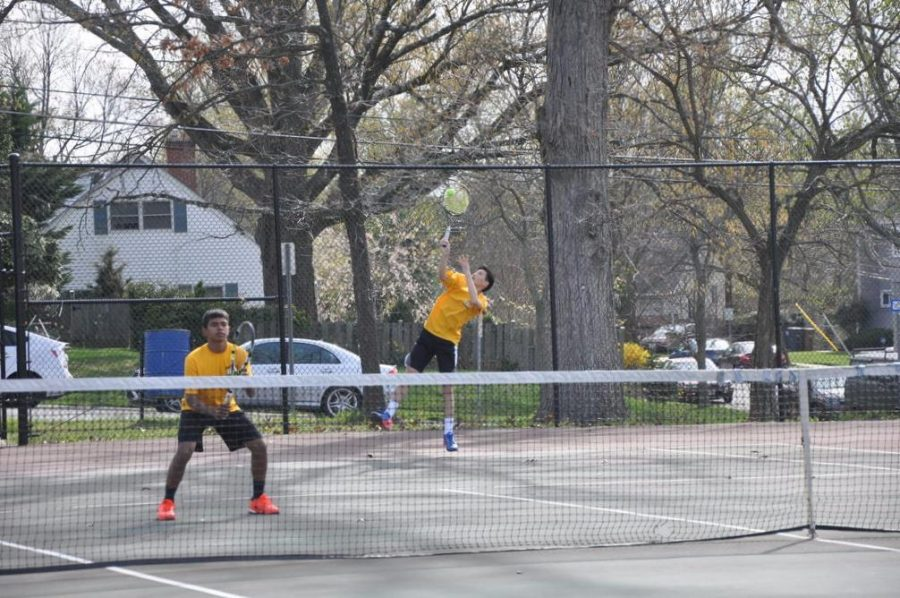 RM+boys+tennis+defeats+Walter+Johnson%2C+secures+position+in+division+1+for+next+year