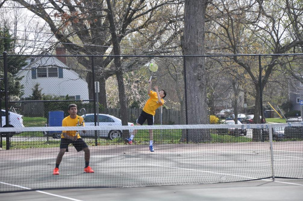 RM boys tennis defeats Walter Johnson, secures position in division 1 for next year