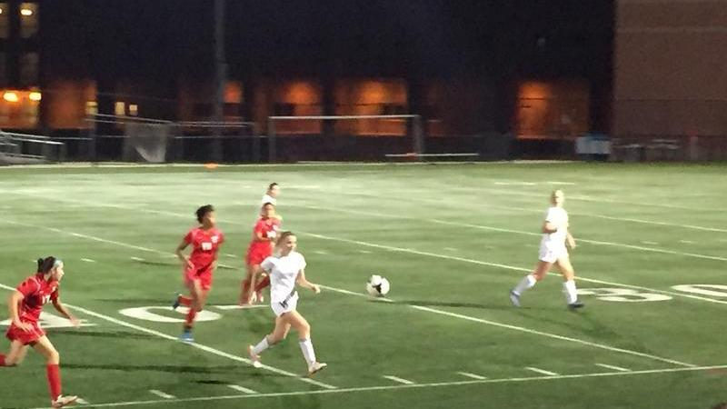 Girls soccer see off Einstein in convincing 6-1 win