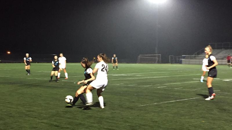 Girls soccer loses to Whitman 0-6