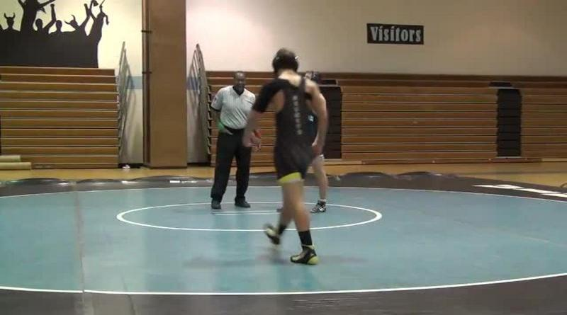Rockets wrestling suffers crushing defeat to Vikings