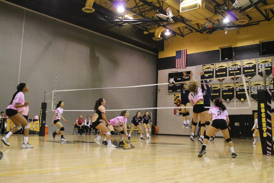 Photo+Gallery%3A+RM+Volleyball+Dig+Pink+v.+Wootton