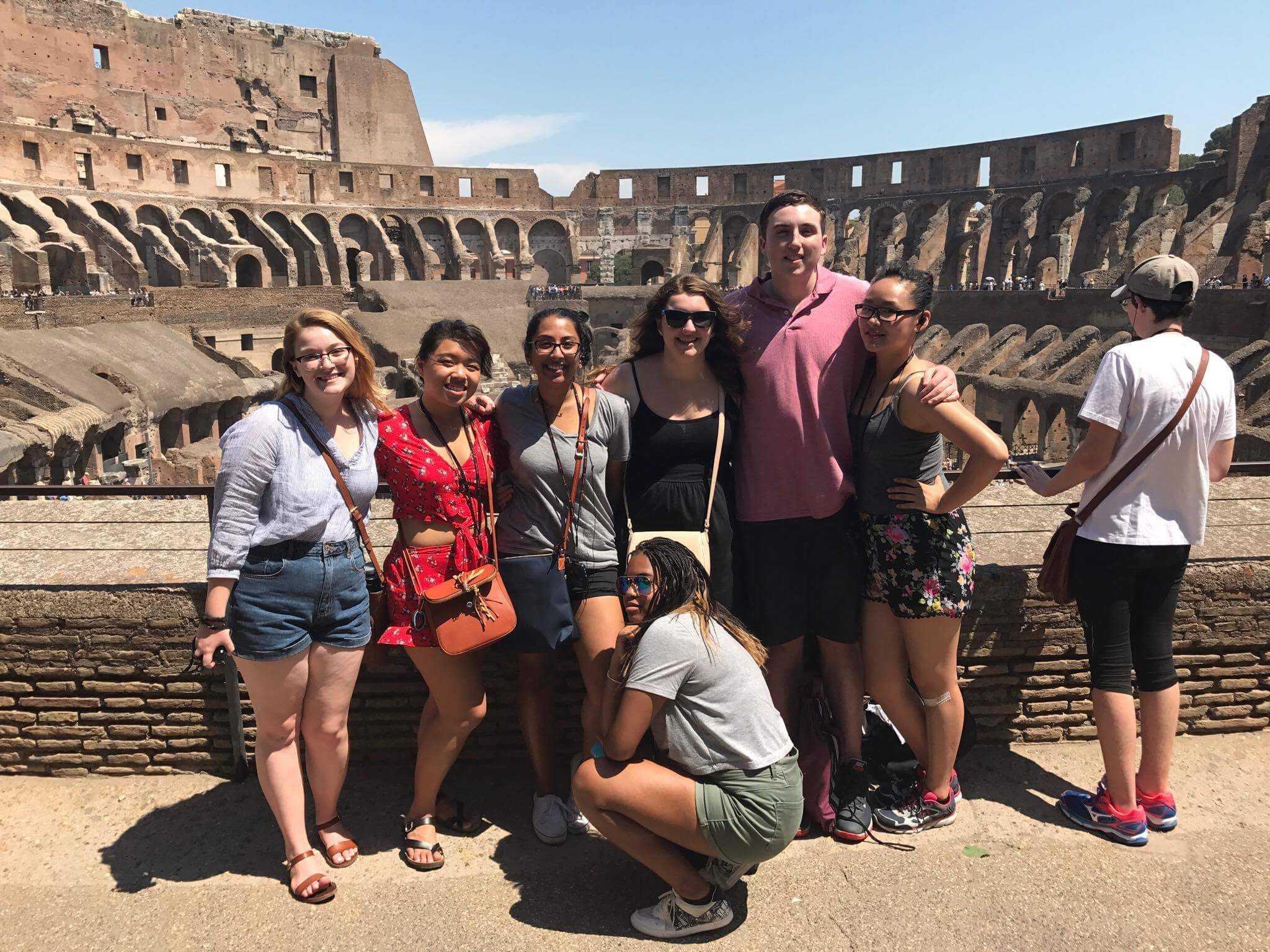 RM Chorus sings in Italy