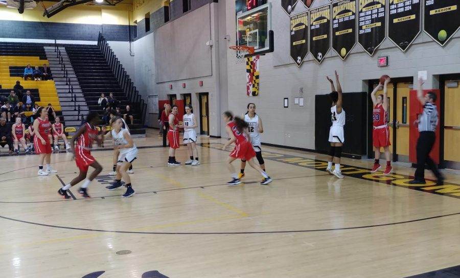 Girls basketball continues their winning streak in their game against Wootton