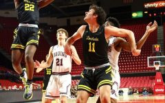 Boys basketball bounces back for another historic season