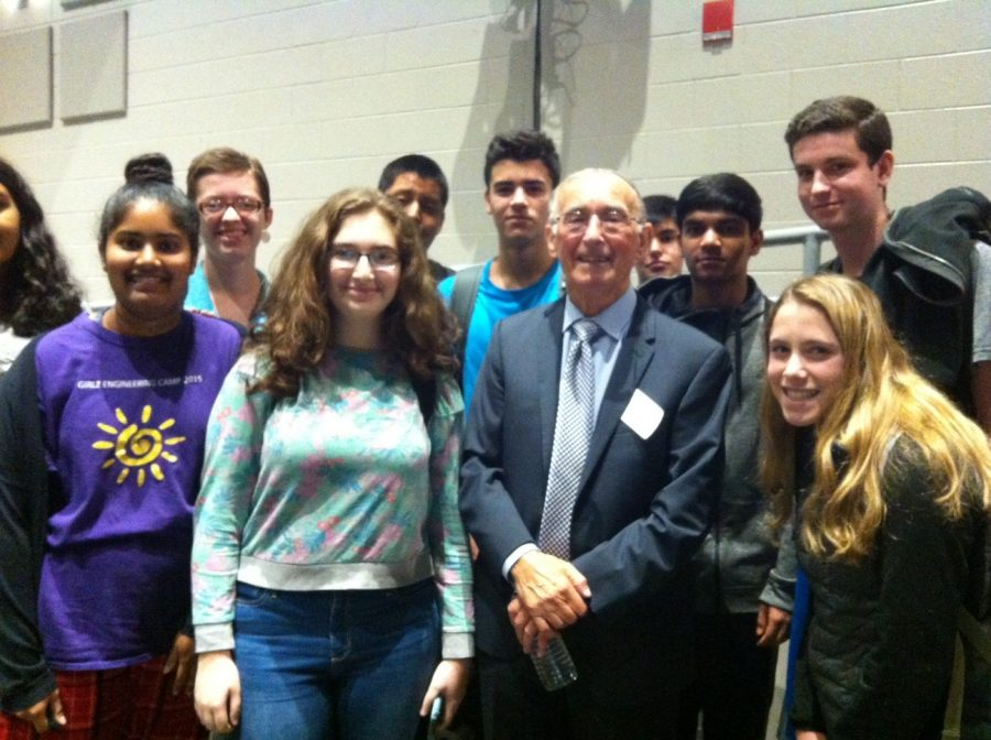 Students+pose+with+Marty+Weiss+after+his+presentation+on+the+Holocaust.+