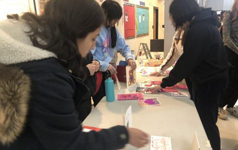 Photo of the Day: Valentine's Day Card Sale