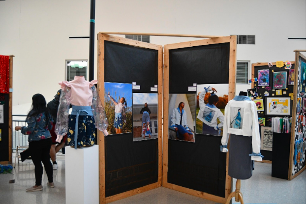 Annual AP/IB Senior Art Show features stunning pieces
