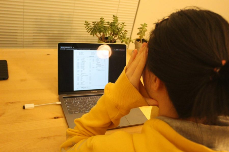 Student stresses over virtual learning grades from the first quarter.